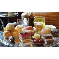 Bekijk de deal van Groupon: Deluxe High Tea bij Sandton Pillows