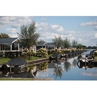 Bekijk de deal van Traveldeal.nl: Verblijf in een vakantiechalet aan het water