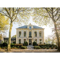 Bekijk de deal van Traveldeal.nl: Verblijf 2 dagen in een luxueus 19-eeuws monumentaal pand in Hanzestad Zwolle incl. ontbijt en een 4-gangendiner