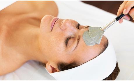 Groupon: Gezichtsbehandeling + massage