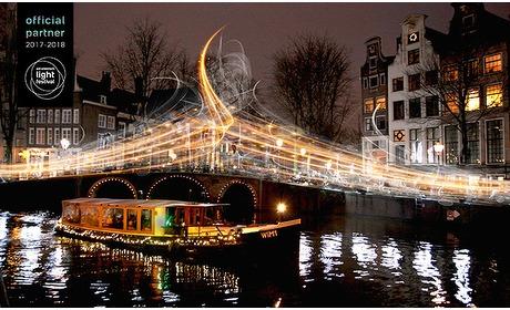 Social Deal: Rondvaart (75 min) tijdens Light Festival Amsterdam