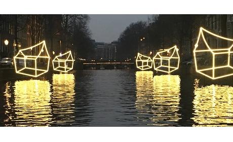 Wowdeal: Beleef het Amsterdam Light Festival vanaf een klassieke salonboot