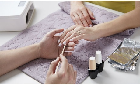 Groupon: Manicure en/of pedicure