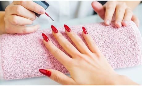 Social Deal: Manicurebehandeling + gellak (60 min)