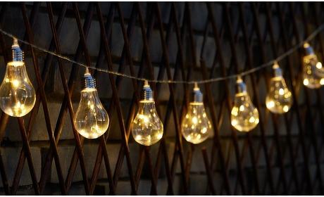 Groupon: Solar-lichtslingers met 10 LED's
