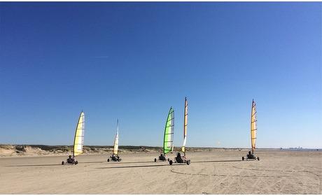 Groupon: Blokarten op het strand voor 2 personen