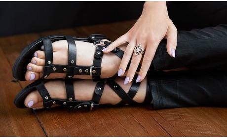 Groupon: Manicure of pedicure met gellak