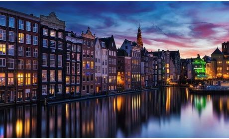 Groupon: Nabij Amsterdam:2-persoonskamer of -suite