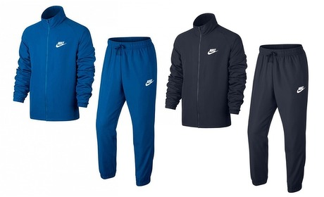 Groupon: Nike Light-trainingspak