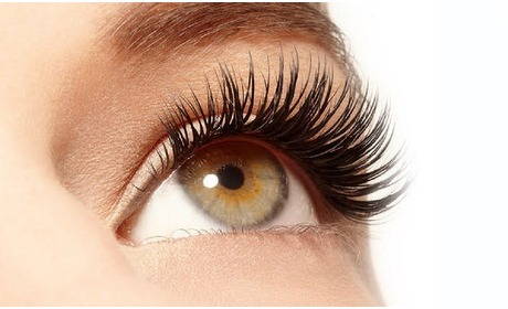 Groupon: Wimperlifting + verven wimpers