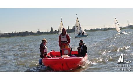 Wowdeal: Varen in een motorboot bij Sailcenter Limburg