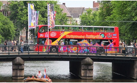 Groupon: Hop On Hop Off bus/boot Amsterdam