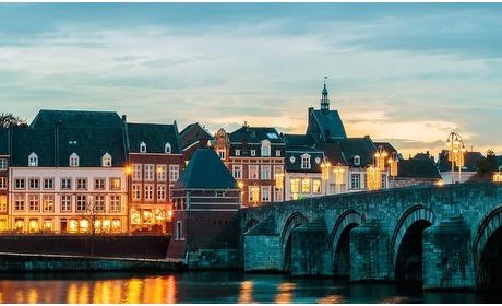 Groupon: Hartje Maastricht: 2-persoonskamer met ontbijt & welkomstdrankje