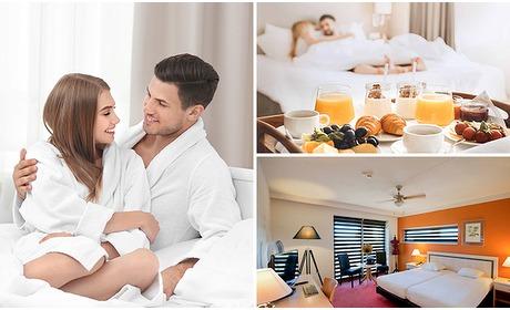 Social Deal: Hotelovernachting + ontbijt voor 2