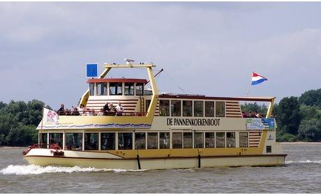 Groupon: Pannenkoekenboot: onbeperkt eten