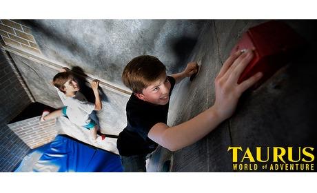 Wowdeal: 60 of 90 minuten Prison Island bij Taurus World of Adventure