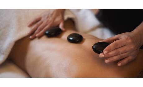 Wowdeal: Hotstone massage bij Just Nature