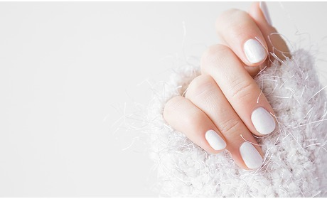 Social Deal: Manicurebehandeling + gellak (50 min)