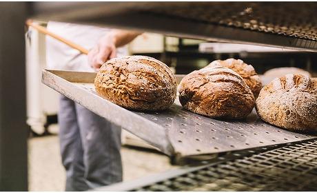 Social Deal: Afhalen: bakkerspakket bij Van Voorthuizen / Brood & Co