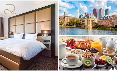 Social Deal: Voor 2 personen: overnachting(en) + ontbijt in Den Haag