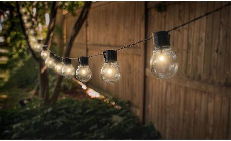 Groupon: 1 of 2 lichtslingers met 10 lampen op zonne-energie
