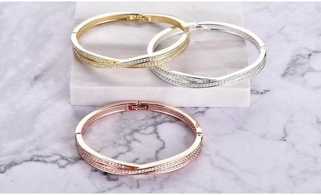 Groupon: 1 of 2 gekruiste armbanden versierd met Swarovski-kristallen