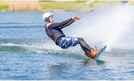 Groupon: 2 uur waterskien of wakeboarden